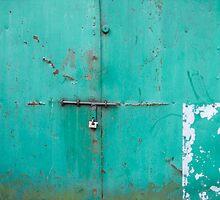 blue garage in krakow by Talya Chalef
