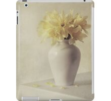 Daffodils in white flower pot iPad Case/Skin