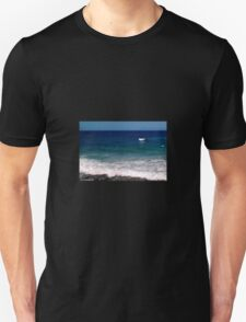 Beautiful waves Unisex T-Shirt