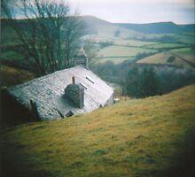 winter cottage by ckstatham