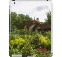 English Cottage Gardens - Summer Green in Watercolor iPad Case/Skin