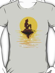 The Minimal Mermaid T-Shirt