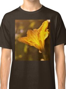 The yellow of the eye Classic T-Shirt