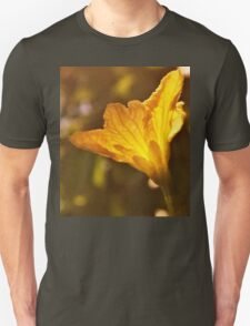 The yellow of the eye Unisex T-Shirt
