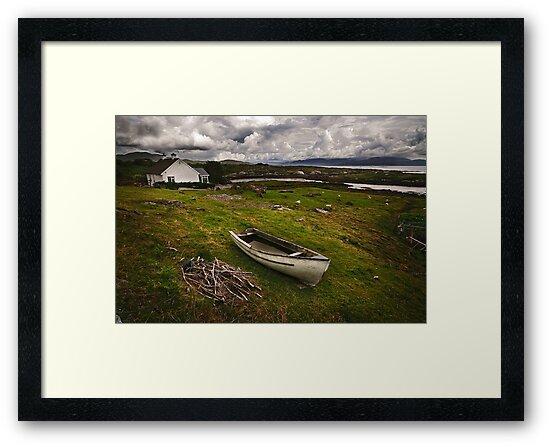 Country Ireland.  by DaveBassett