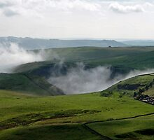 Low Lying Cloud in Winnats Pass by Rod Johnson