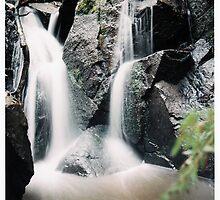 kershaw waterfall exposure by Damien Loverso