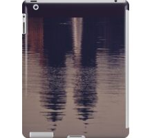 New York reflected iPad Case/Skin