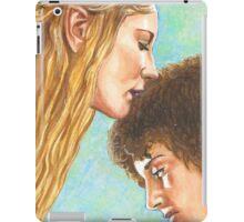 GALADRIEL KISSES FRODO iPad Case/Skin