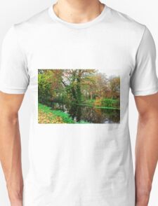 River Wandle in Autumn, Morden, England Unisex T-Shirt