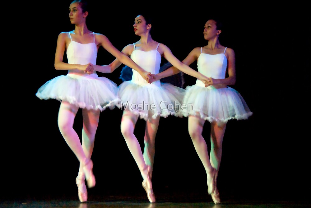 Ballet show #19 by Moshe Cohen