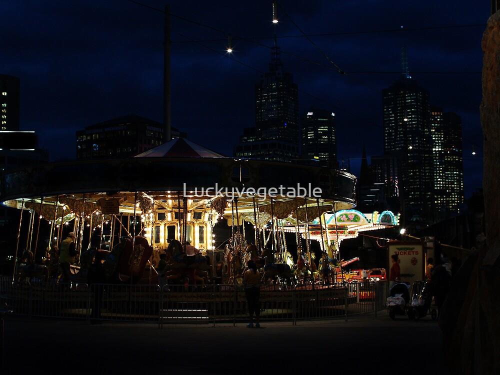 Carousel by Luckyvegetable
