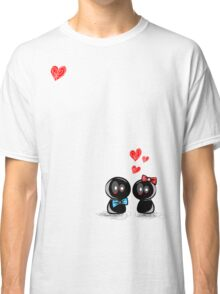 dolls in love Classic T-Shirt