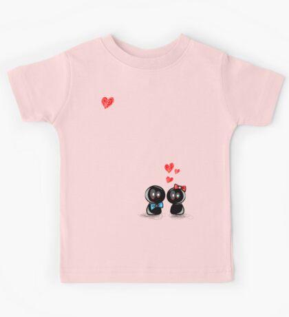dolls in love Kids Tee