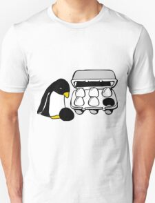 LINUX TUX PENGUIN EGG BOX BLACK EGG Unisex T-Shirt
