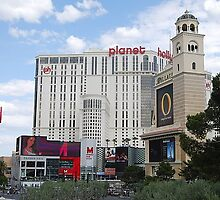 Las Vegas - Beliagio, Planet Hollywood, Paris by Will Edwards