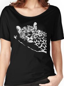 THE LEOPARD T-SHIRT ON DARK Women's Relaxed Fit T-Shirt