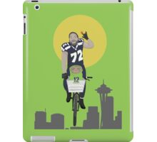 Michael Bennett Does Victory Lap With ET iPad Case/Skin