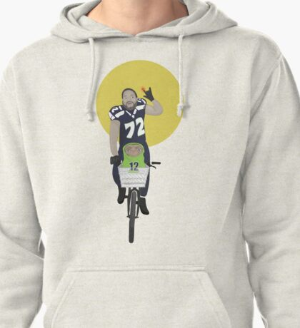 Michael Bennett Does Victory Lap With ET Pullover Hoodie