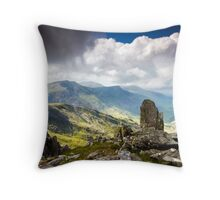 A view from Tryfan Throw Pillow