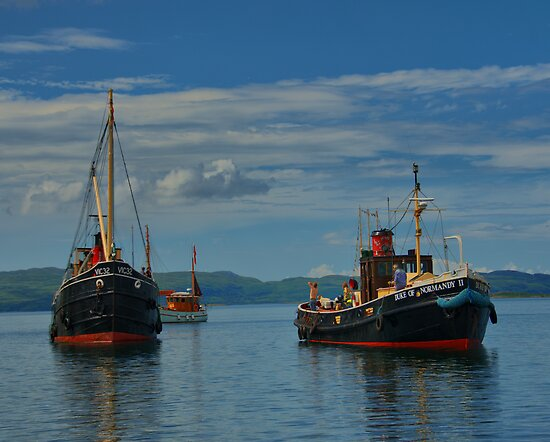Steam Puffers at Crinan by Alisdair Gurney