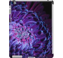 UV Induced Bio-luminescence 11 iPad Case/Skin