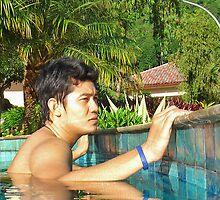 Yan 06800 by essencearyawan