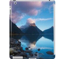 Milford Sound, New Zealand iPad Case/Skin
