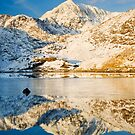 Snowdon, Winter. by Justin Foulkes