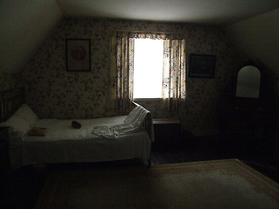 Dark cottage bedroom by John Quinn