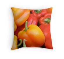 pepper love Throw Pillow