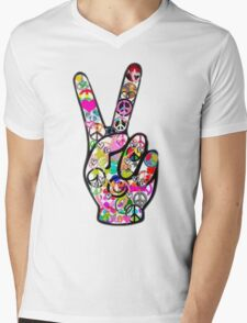Peace Hippie Victory Fingers Mens V-Neck T-Shirt