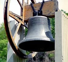 Replica of Liberty Bell (1) by SteveOhlsen