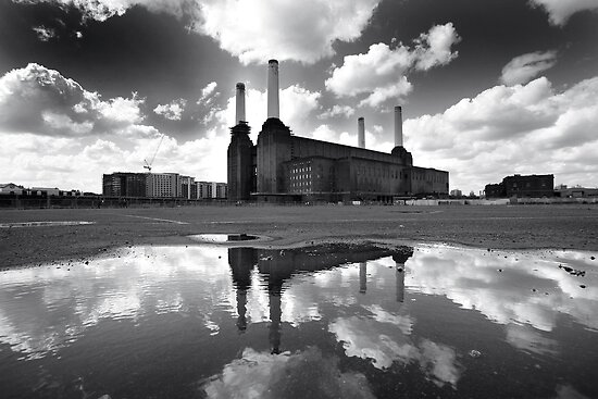 Battersea power station 1 by mistertof