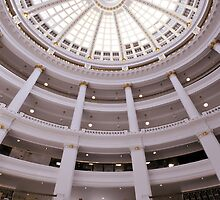 Oakland's Rotunda by Richard  Leon