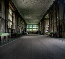 The Long Gallery by Richard Gregory