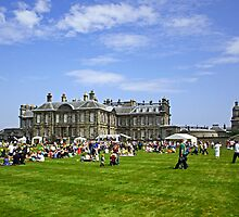 Hopetoun House II by Tom Gomez