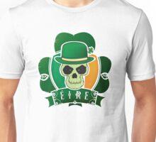 Irish lucky skull Unisex T-Shirt