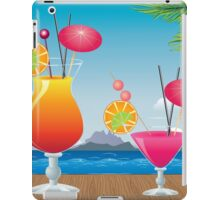 Cocktail on the beach 2 iPad Case/Skin