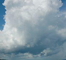 tall cloud by Roslyn Lunetta