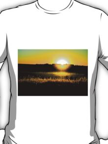 Yellow sunset behind barbed wire T-Shirt