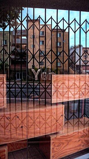 Yeh (FIL1041_XnView.jpg) by Juan Antonio Zamarripa