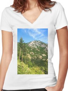 Lean In - A Mountain Lake Impression Women's Fitted V-Neck T-Shirt