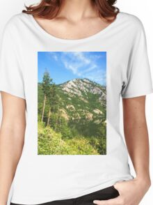 Lean In - A Mountain Lake Impression Women's Relaxed Fit T-Shirt