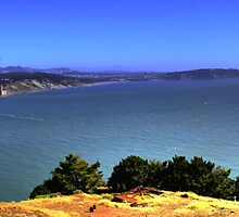 Golden Gate Bridge Panorama by ajjj