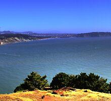 Golden Gate Bridge Panorama by ajjj