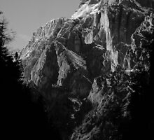 B&W Mountains by Jaky