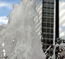fontaine d'eau by Jen Wahl