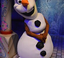 Disney Frozen Snowman Olaf by notheothereye