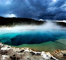Emerald Geyser, Yellowstone by Amy Matsumoto